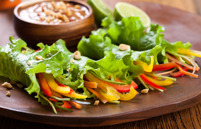 The 1000 Calorie Diet Recipe - Lettuce Taco With Yogurt Sauce