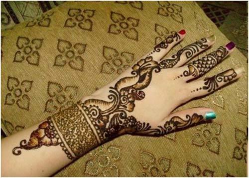 mehndi design for left hand