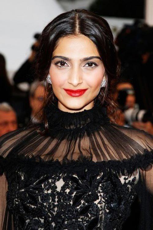 sonam kapoor cannes film festival 2012