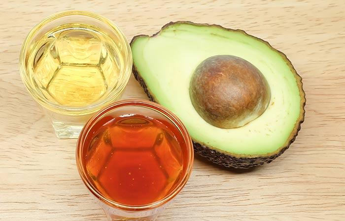 Avocado-Hair-Mask-For-Dandruff