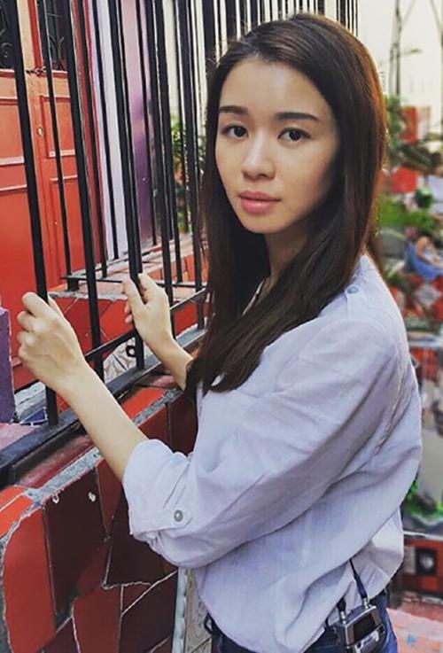 Louisa Mak - Cute Chinese Girl