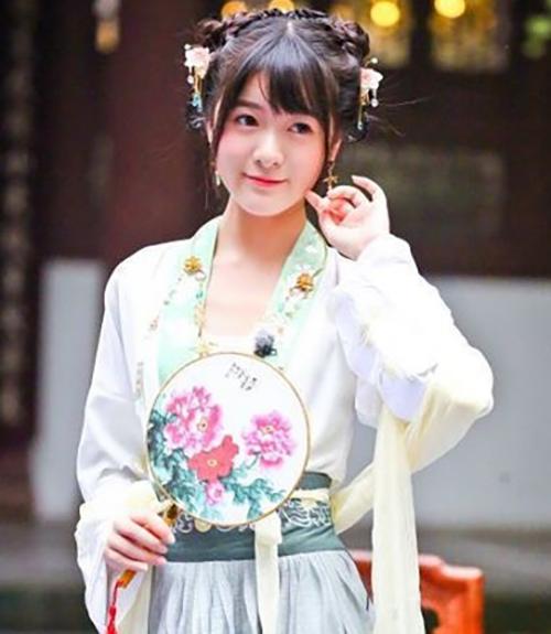 Xu Jiao - Pretty Chinese Girl