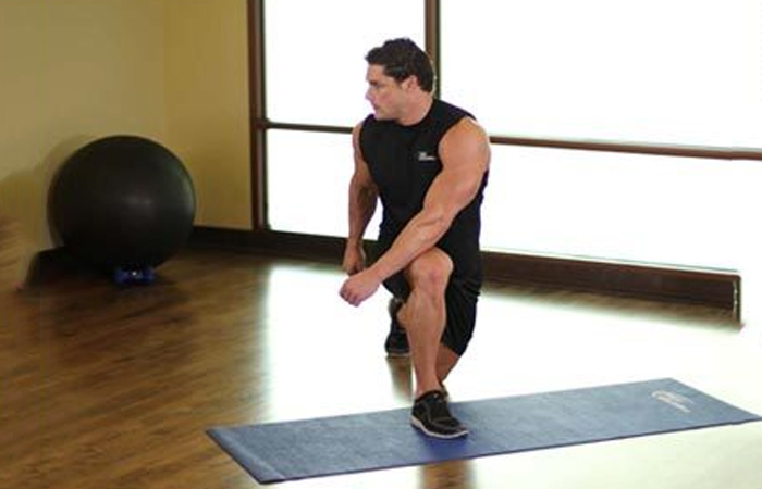 15.-Crossover-Reverse-Lunge1