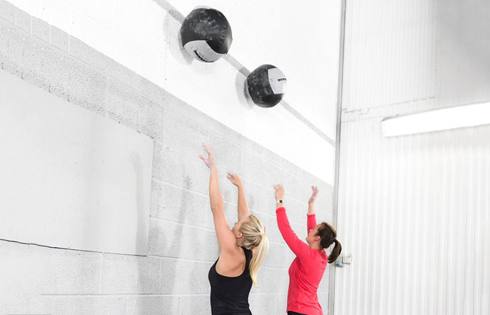 Medicine Ball Exercises For The Chest And Back - Catch And Overhead Throw