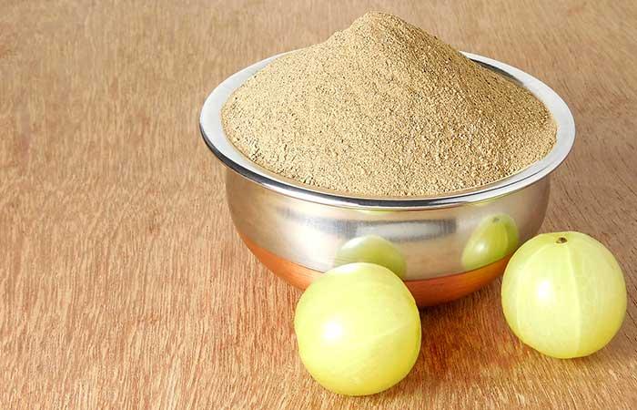 7. Amla Powder And Egg For Hair Growth