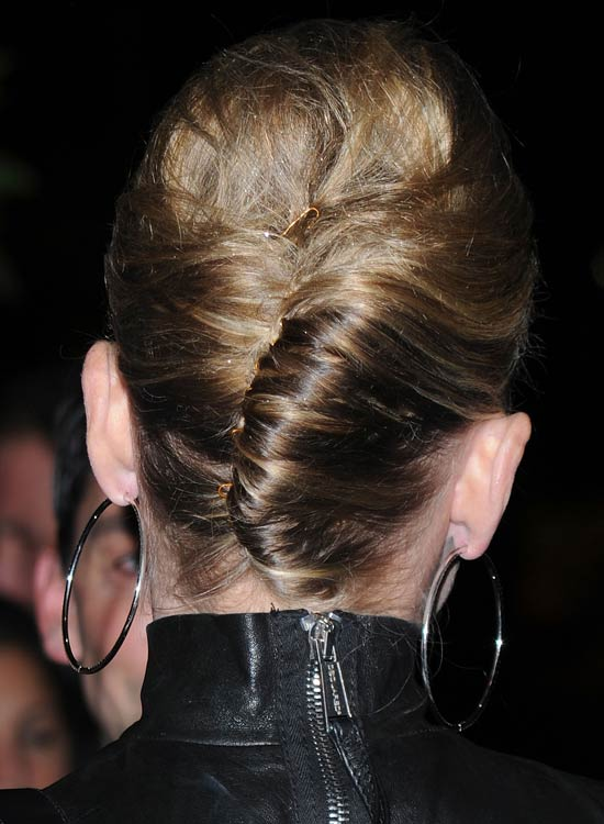 Classy-French-Twist-with-Little-Volume