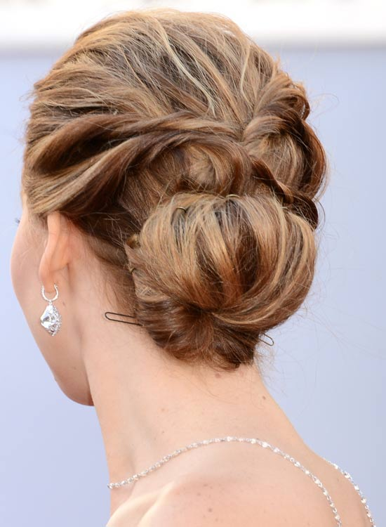 Low-Solid-Highlighted-Updo-with-Twisted-Strands