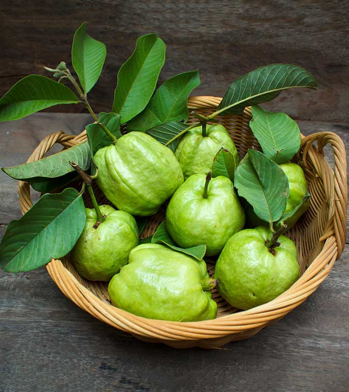 17 Best Benefits Of Guava Leaves (Amrood ke Patte) For Skin And Health