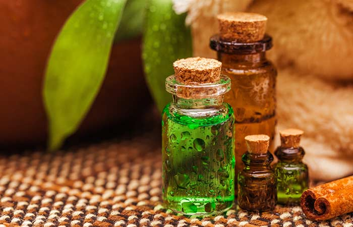 11.-Tea-Tree-Oil-And-Honey-For-Acne