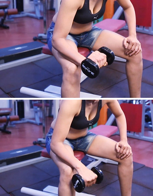 3. Reverse Wrist Curl Exercise With Dumbbells