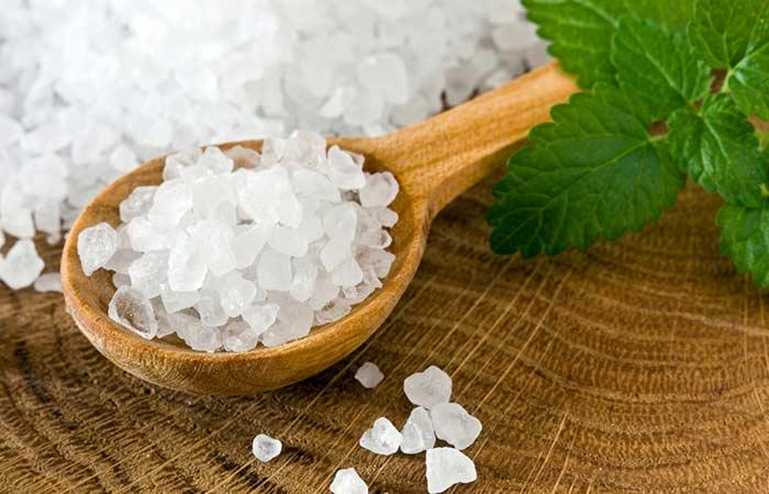 9.-Sea-Salt-And-Honey-For-Acne