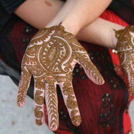 small yet beautiful mehndi design