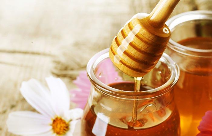 6. Honey For Lip Pimples