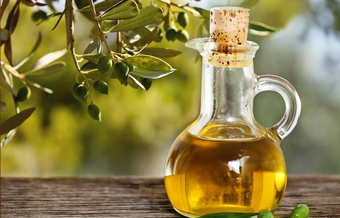 19.-Olive-Oil-Massage