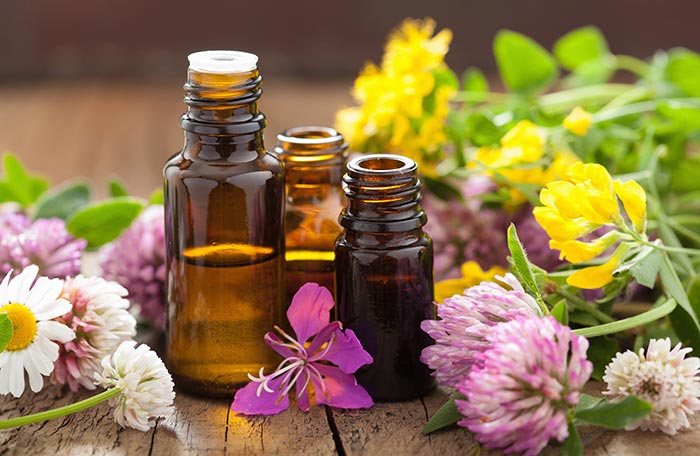 2. Essential Oils For Puffy Eyes