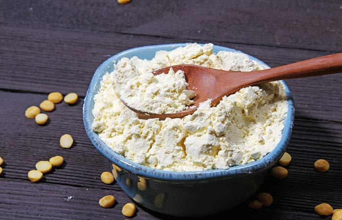 3. Gram Flour For Instant Fairness