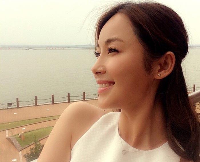 Li Cheng Yuan - Beautiful Chinese Women No. 21