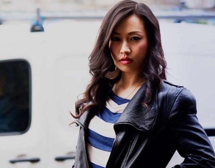 Ayi Jihu - Beautiful Chinese Women No. 27
