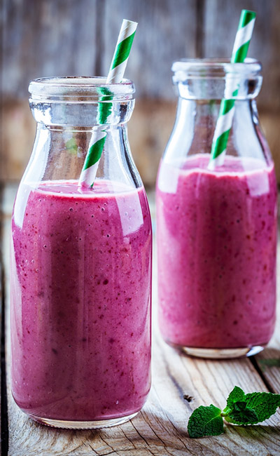 Weight Loss Smoothie - Strawberry, Black Grape, And Ginger Smoothie