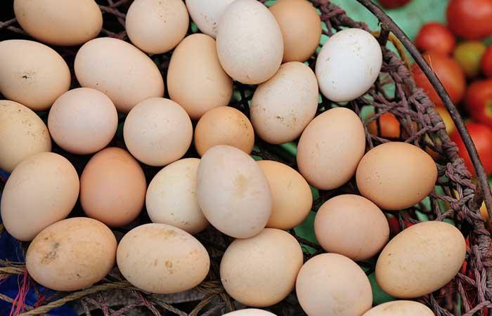 3. Hair Spa Treatment With Eggs