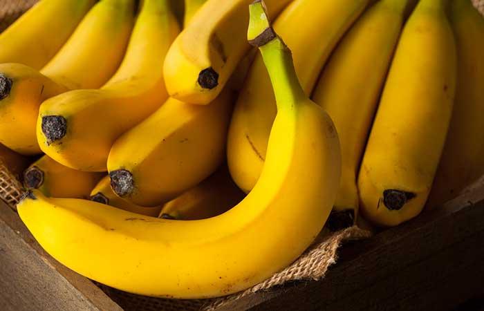4. Hair Spa Treatment With Bananas