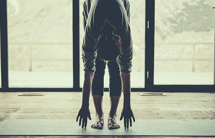 Uttanasana yoga pose that will help fight insomnia
