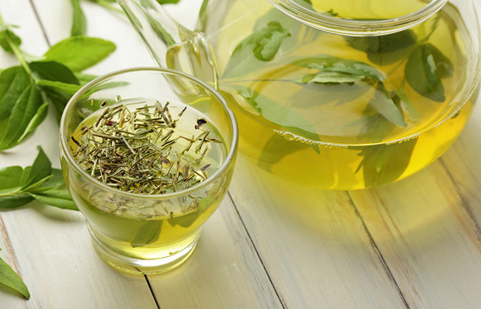 How To Increase Metabolism - Drink Green Tea