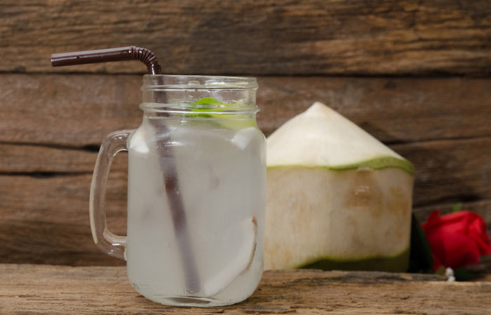 5.-Coconut-Water-For-Kidney-Stone