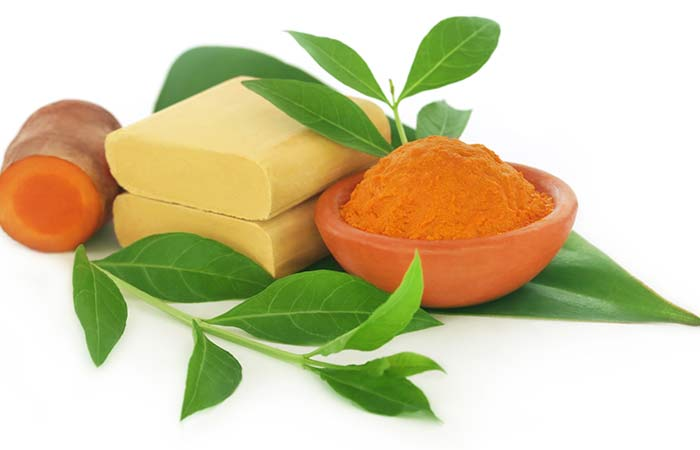 Sandalwood And Turmeric Pack For Oily Skin