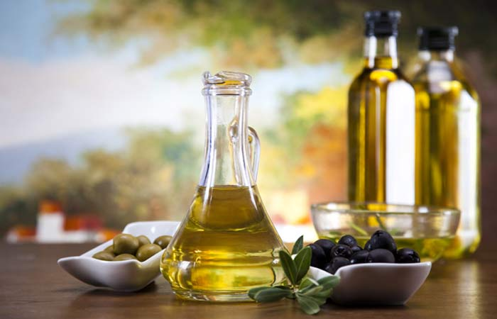 7.-Olive-Oil-For-Hair-Fungus