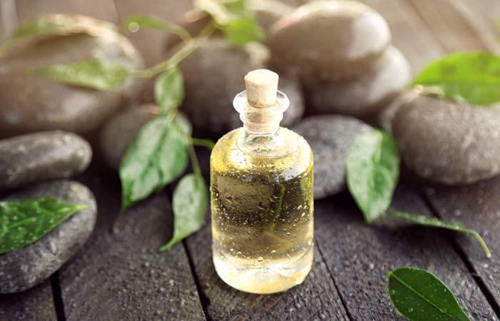 8.-Tea-Tree-Oil-For-Hair-Fungus