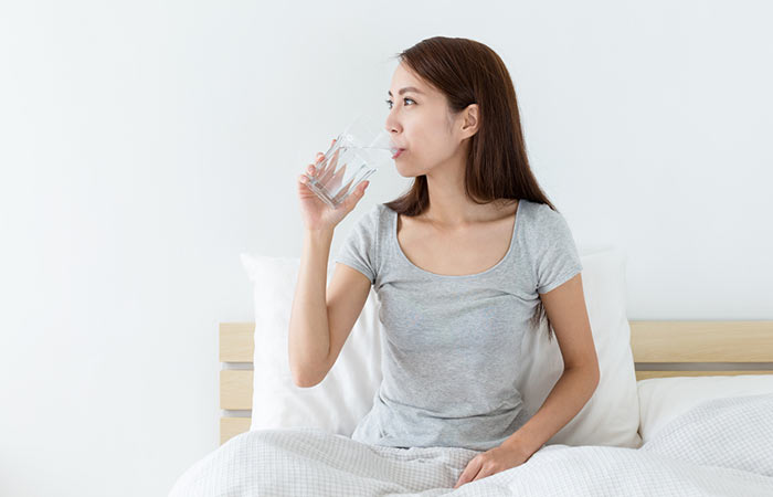 How To Increase Metabolism - Drink Water When You Wake Up