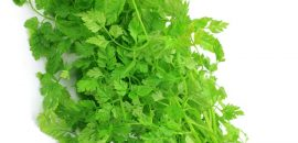 Amazing-Benefits-And-Uses-Of-Chervil-For-Skin,-Hair-And-Health