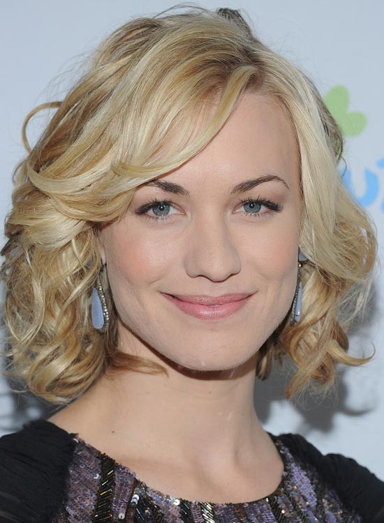 Blonde-Curly-Bob-with-Side-Swept-Bang