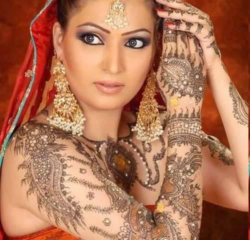 Bollywood style mehendi
