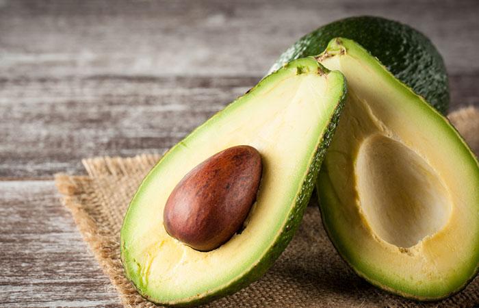 Mayonnaise-And-Avocado-Hair-Mask