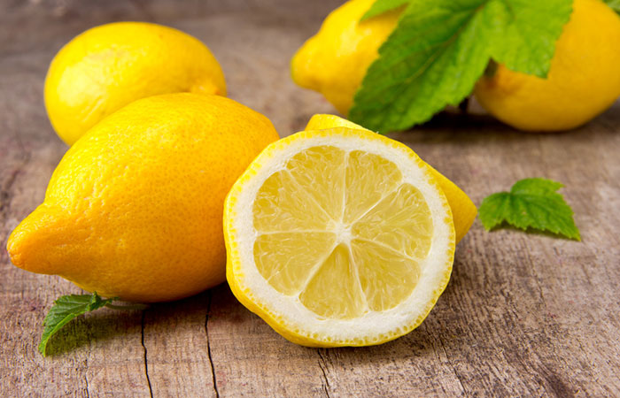 Mayonnaise-And-Lemon-Hair-Mask