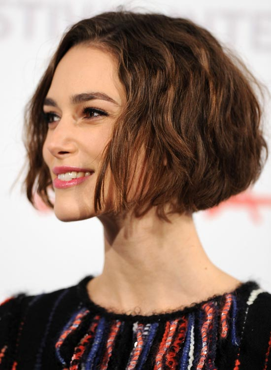 Wavy-Jaw-Length-Bob-with-Rounded-Back