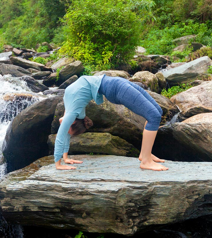 7-Bone-Strengthening-Yoga-Poses-That-Will-Help-Cure-Osteoporosis