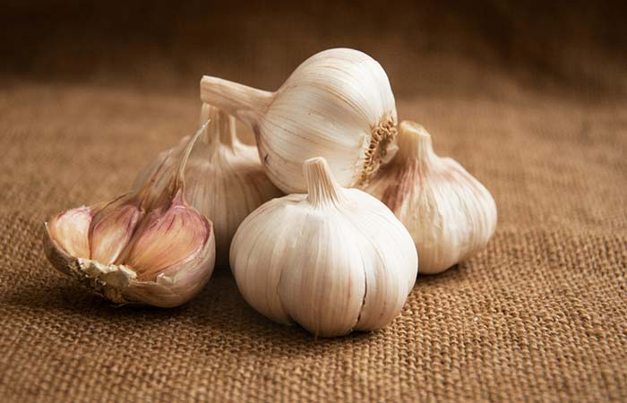 9. Garlic For Flawless Skin