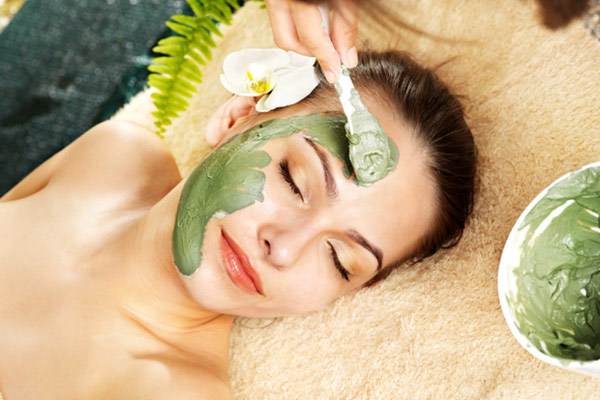 green vegetables face mask