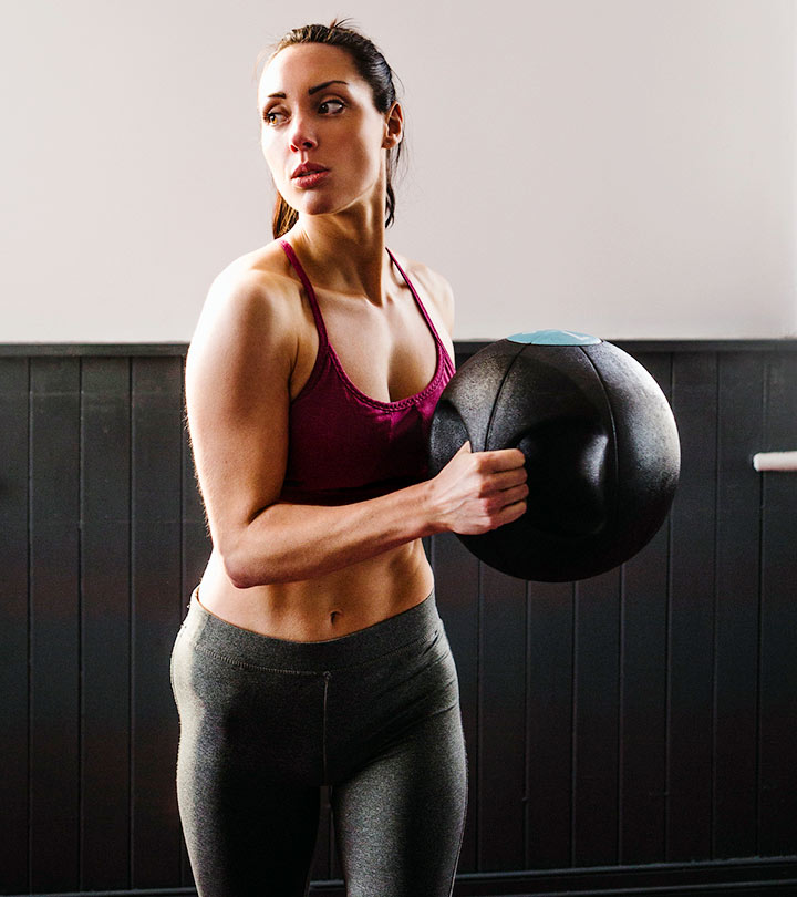 Medicine-Ball-Slam-Workout-–-How-To-Do-It-&-What-Are-Its-Benefits