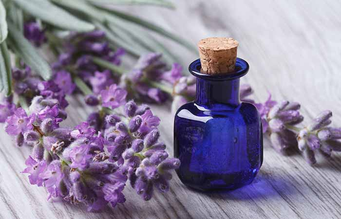 Home Remedies For Dry Eyes - Lavender Essential Oil