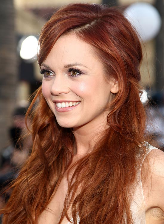 Amber-Red-Pinned-Hair-with-Side-Sweep