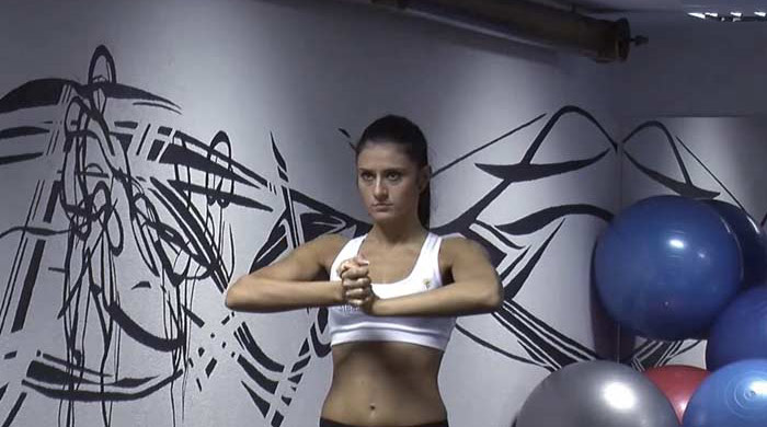Chest Exercises For Women - Isometric Chest Exercise