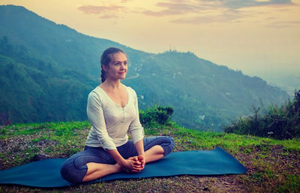 Easy-Yoga-Poses-To-Treat-Anxiety2