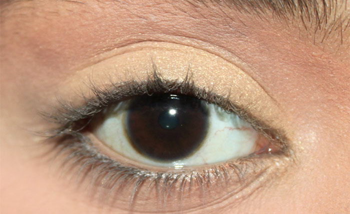 Prevent Eyeliner From Smudging - Set The Concealer