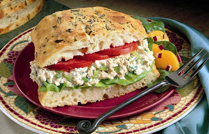 Low Calorie Lunch - Salmon Salad Sandwich