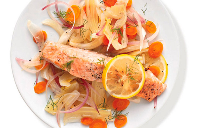Low Calorie Lunch - Salmon With Fennel And Carrots