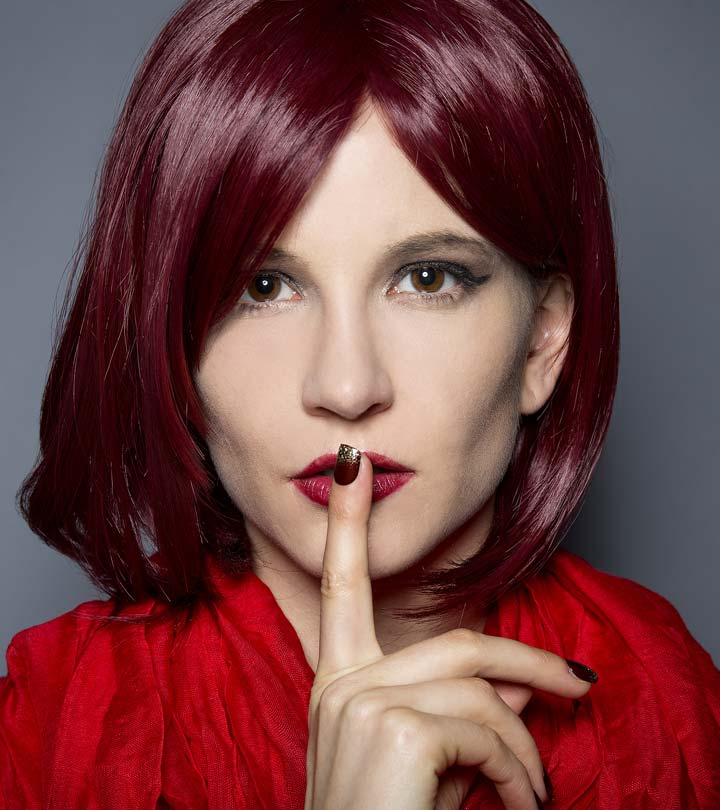 617_5-Simple-Ways-To-Dye-Burgundy-Hair-Color-At-Home_375587773